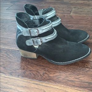 Steve Madden Ankle Booties (6.5)